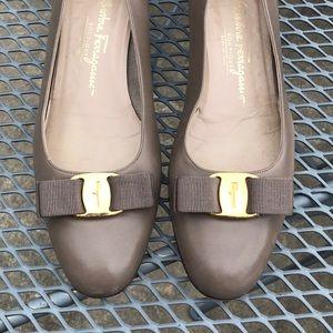 Salvatore Ferragamo Low Heel Flats Size 11